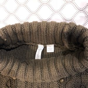 Relativity Sweaters - Olive green Fall sweater